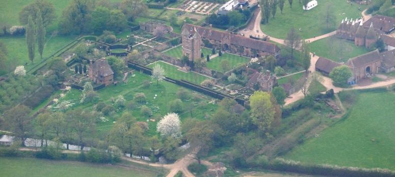 Sissinghurst_Castle_Garden_aerial_view.jpg
