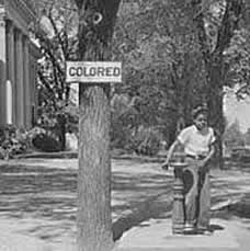 Monroeville, Alabama (credits http://bit.ly/1Ksok6Z)