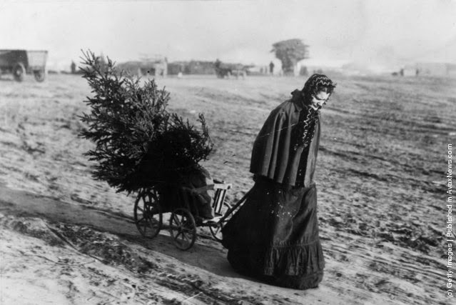 Spirit of Christmas circa 1900s-1930s (1)