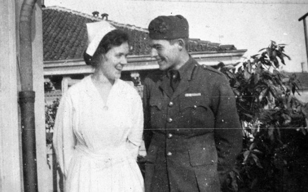 Ernest-Hemingway-a_2786031k